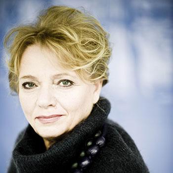 Anna Seniuk, lektor