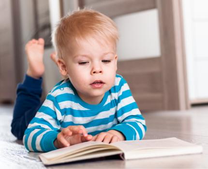 Książki edukacyjne dla 2-latka. Pięć propozycji książeczek dla dwulatka