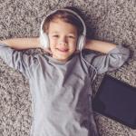 Jakie audiobooki dla dzieci? Oto propozycje książek do słuchania dla Twojego dziecka