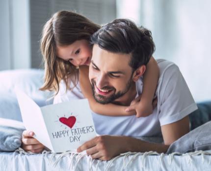 Dzień ojca 2021. Książkowe pomysły na prezent na dzień taty